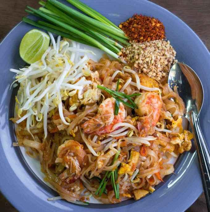 Makanan Khas Thailand Halal Pad Thai
