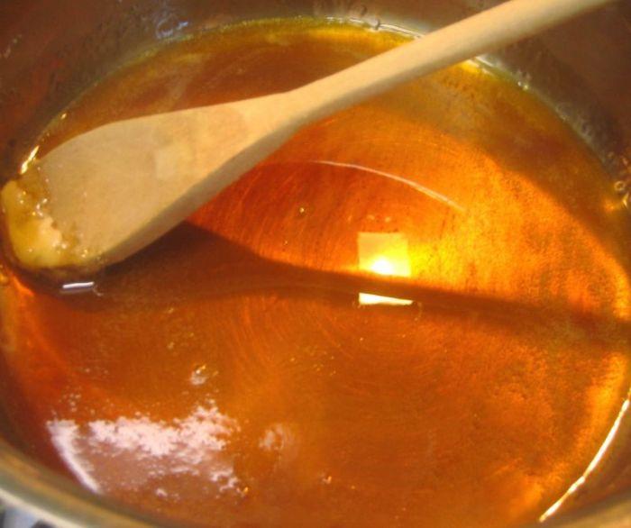 Karamel Sarang Semut
