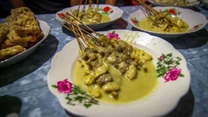 makanan khas ponorogo - sate kopok