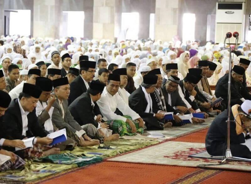 Contoh Teks Naskah Khutbah Idul Fitri Pendek Singkat dan Padat