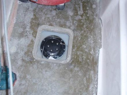 Sender unit in the watertank