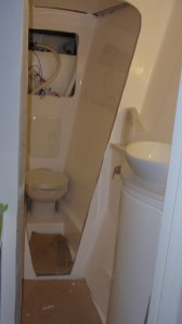 Second toilet in (guests) & bathroom on the way