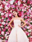 the-hottest-2015-wedding-trend-22-flower-wall-backdrops-weddingomania-999-int