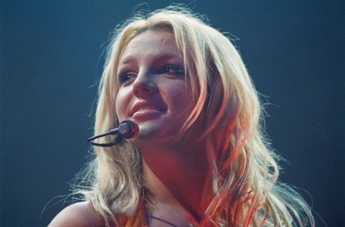 PARIS ZENITH: BRITNEY SPEARS GIVES A CONCERT