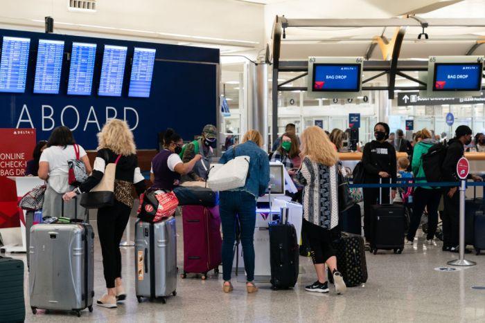 U.S. Airlines Step Up Pilot Recalls As Travel Demand Rebounds