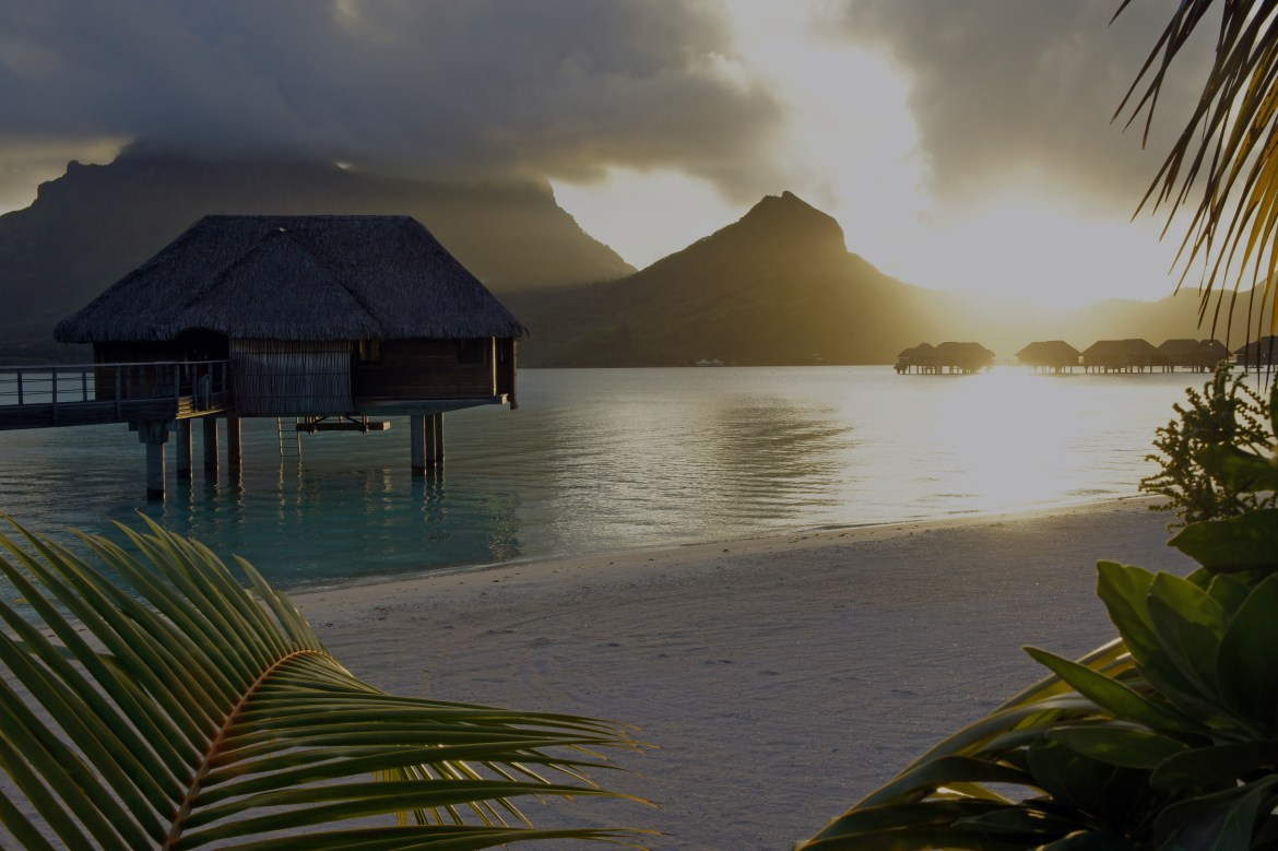 Boss Travel - Amazing Bora Bora