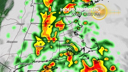 hourbyhourwed11p - Scattered Showers, Downpours With 1-2″ Of Rain An Hour Possible Wednesday – CBS Boston
