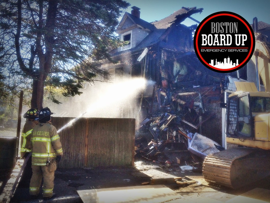 boston-board-up-emergency-services-emergency-fire-department-006