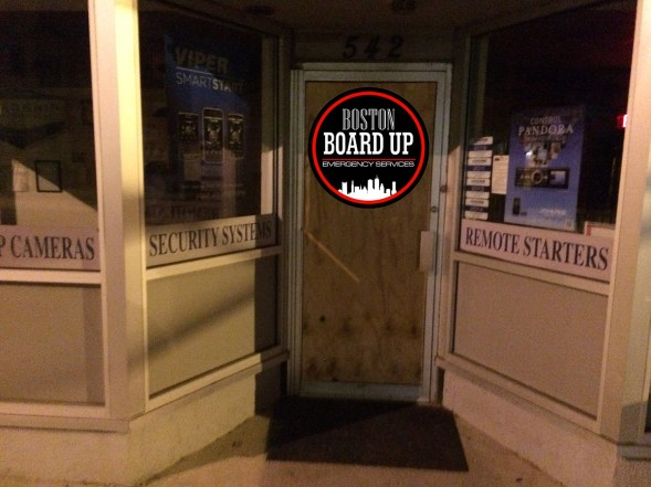 boston-board-up-emergency-services-vandalism-004a