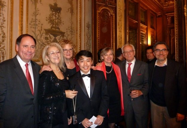 2014_George_Li_Paris_Award2