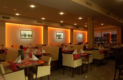 Interior do restaurante. Foto: Site Restaurante A Margem