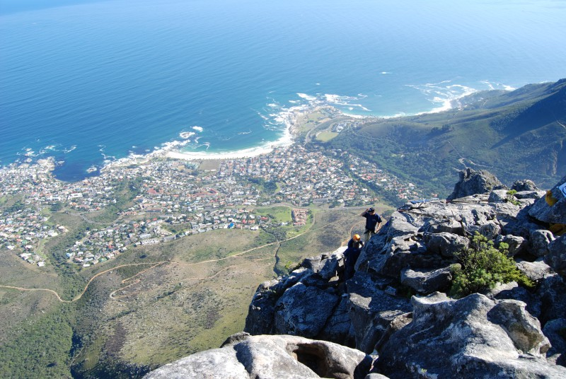 photo credit: Abseilers prepare to drop down from Table Mountain, Cape Town, South Africa via photopin (license)