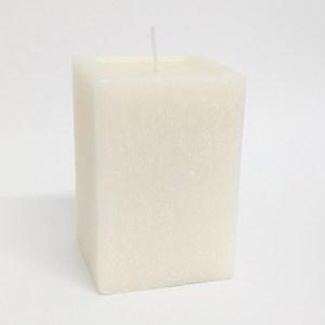 Vela quadrada marfim acabamento rústico – Ref. 3072