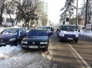masini parcate pe strada Marchian Botosani