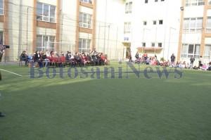 teren sport scoala 12 botosani4