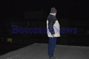 martor tanara aruncata de pe bloc