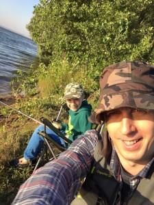 portariuc la pescuit pe Prut- botosani