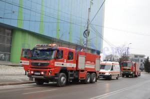 masini-pompieri-politie-la-mall1
