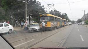 accident calea nationala tramvai si taxi 1