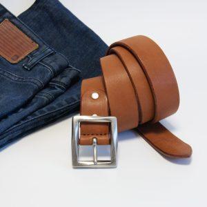 栃木レザーの茶色いベルト