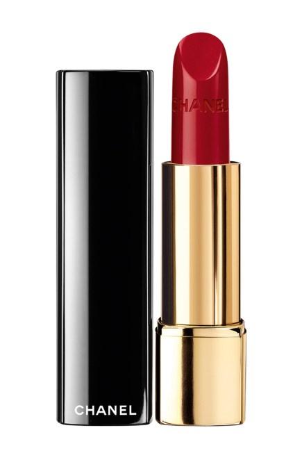 red-lipstick-chanel-Rouge-Allure-in-Pirate-vogue-28nov13-pr
