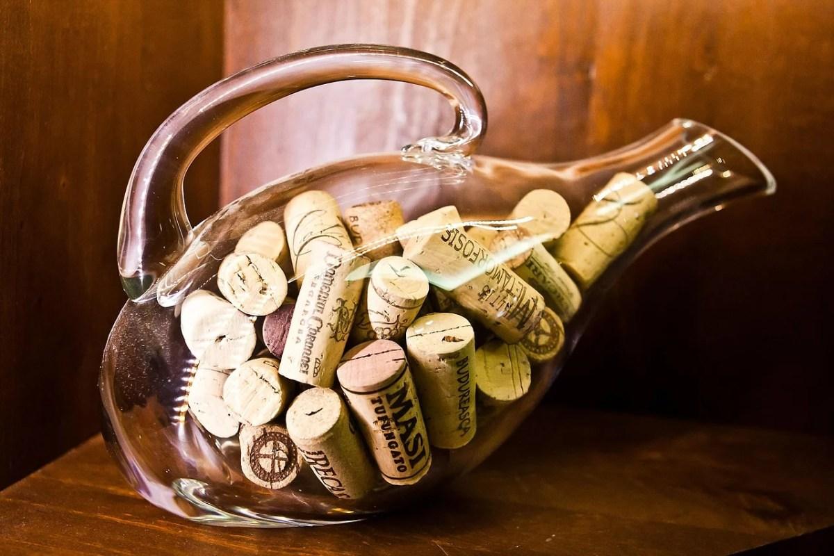 Dekanter, Weißwein, karaffieren, belüften, Wein, Winehack, Bottled Grapes