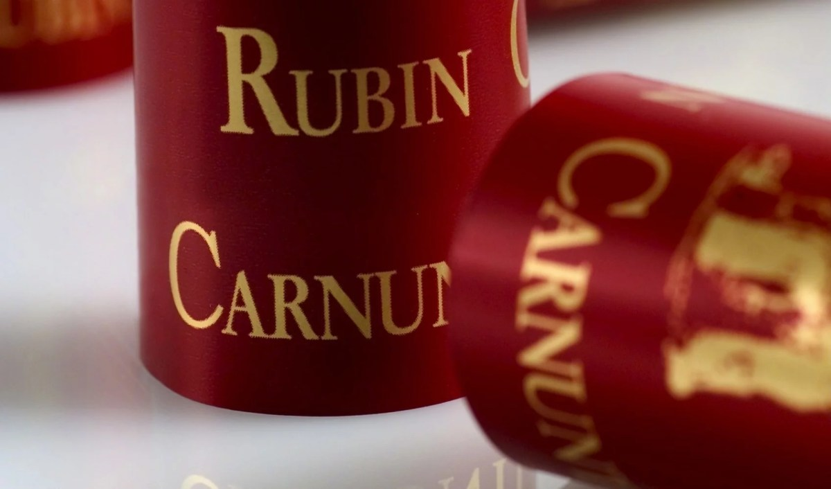 Kapsel des Weins Rubin Carnuntum