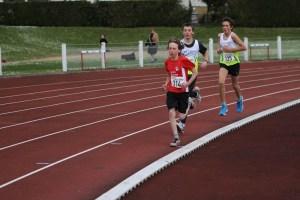 Jan parti un peu trop vite pour son 1er 3000m