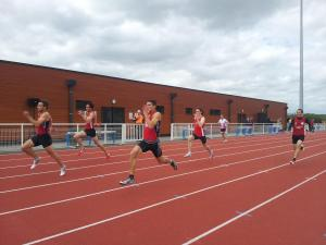 Beauvais face à Amiens (et Chauny!) dans le 100m d'ouverture de ce décathlon