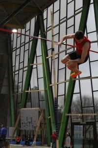 Ne vous inquiétez pas: le Félin retombe toujours sur ses pattes, même quand il refuse un saut, impressionné par la barre à 4m...