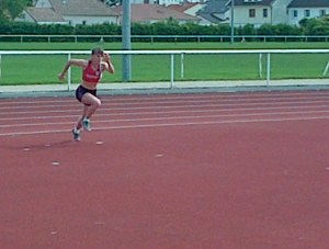 La course d'élan de Manon à la hauteur