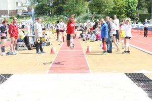Rébecca en route vers un nouveau record au triple saut
