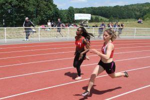 Manon et Ophélie sur 200m