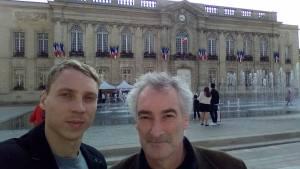 Sergey et Hugues Desesquelles, l'entraîneur du BOUC qui a tissé des contacts avec l'entraîneur Ukrainien du champion...
