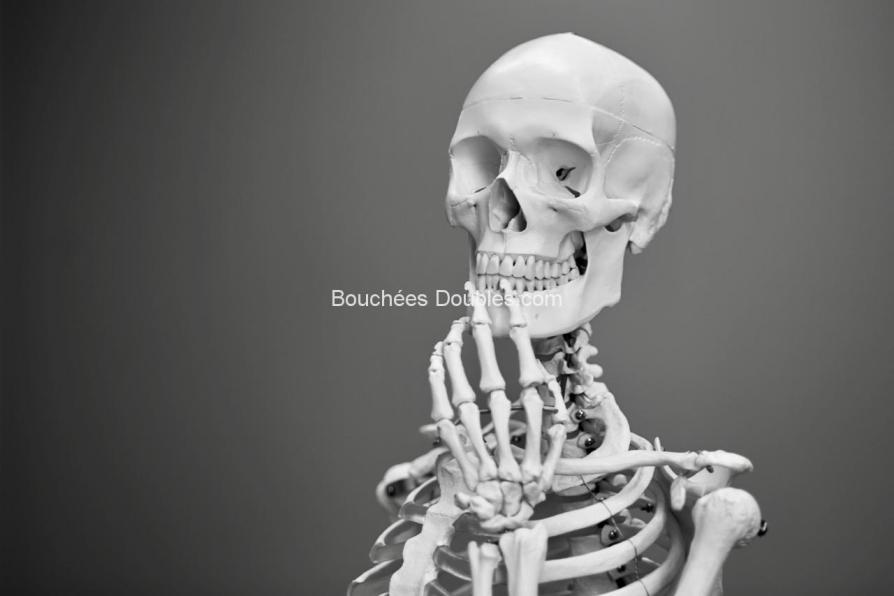 Cliquez ici pour tout savoir sur l'importance de la vitamine K2 pour la santé de votre squelette, avant ou après ménopause et où la trouver.