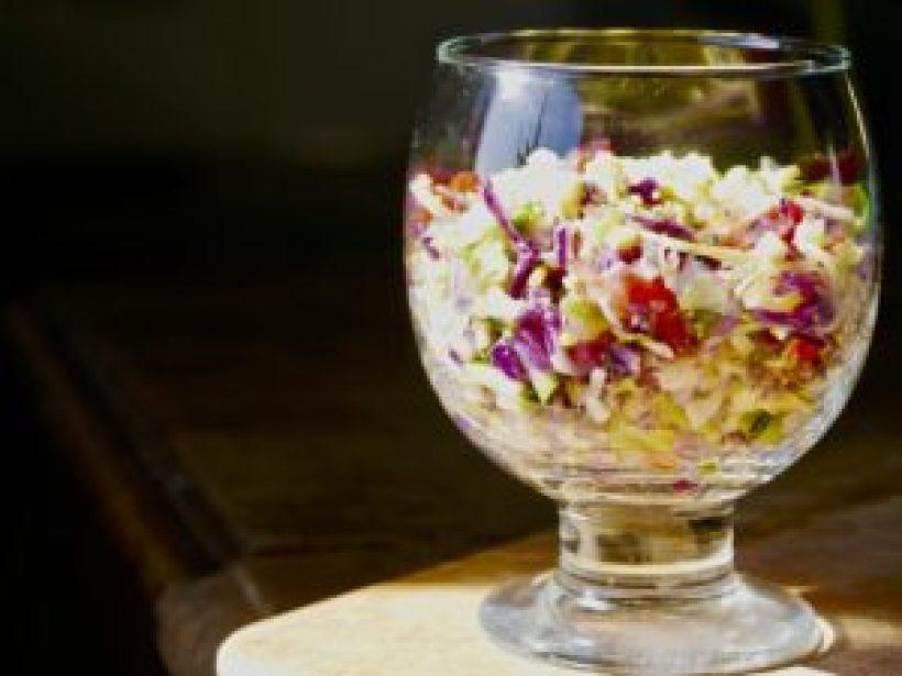 Cliquez ici pour découvrir cette recette alcaline: ma salade 9 vertus prête en 5 mn