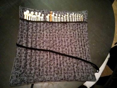 Une trousse pratique pour ranger vos aiguilles de tricot