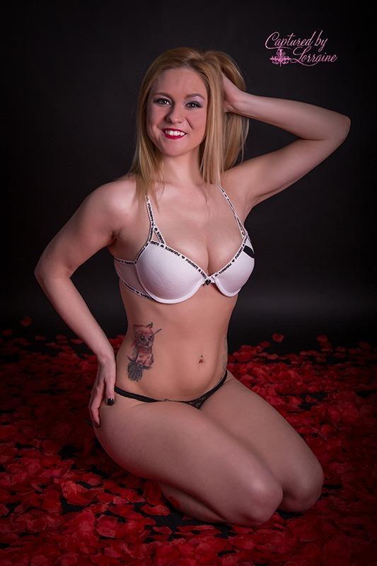 8 Boudoir photos with rose