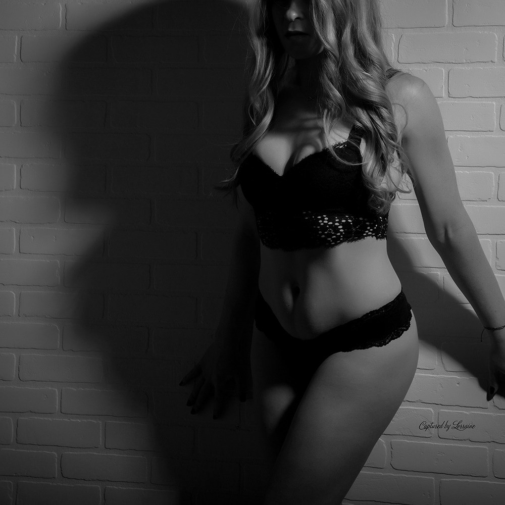 Crystal Lake Il boudoir photographer