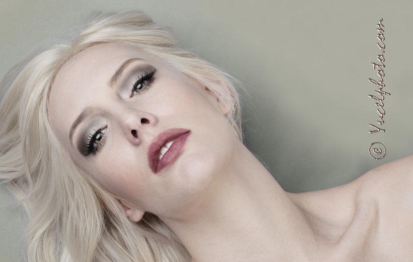 Beauty Edit of a Glamour Portrait taken in Boudoir Style