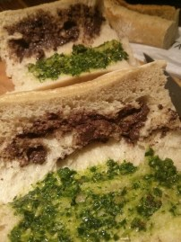 sandwich-tomate-pesto-chevre-1