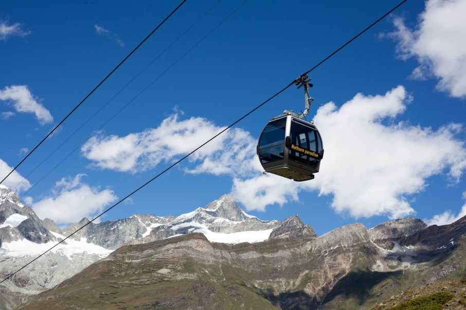 running black cable car
