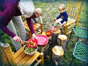 family dinner1