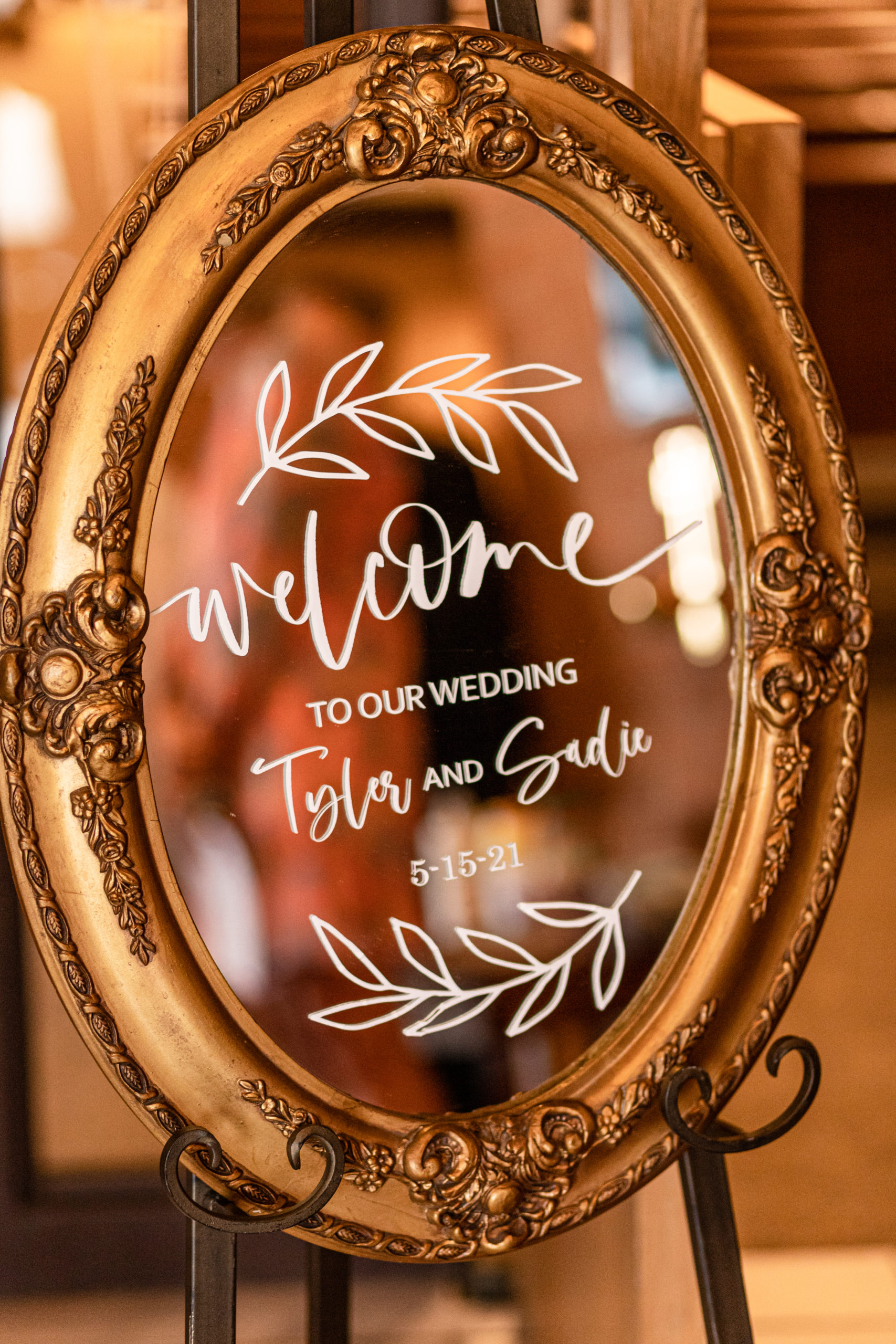 wedding day welcome mirror, southern illinois photographer