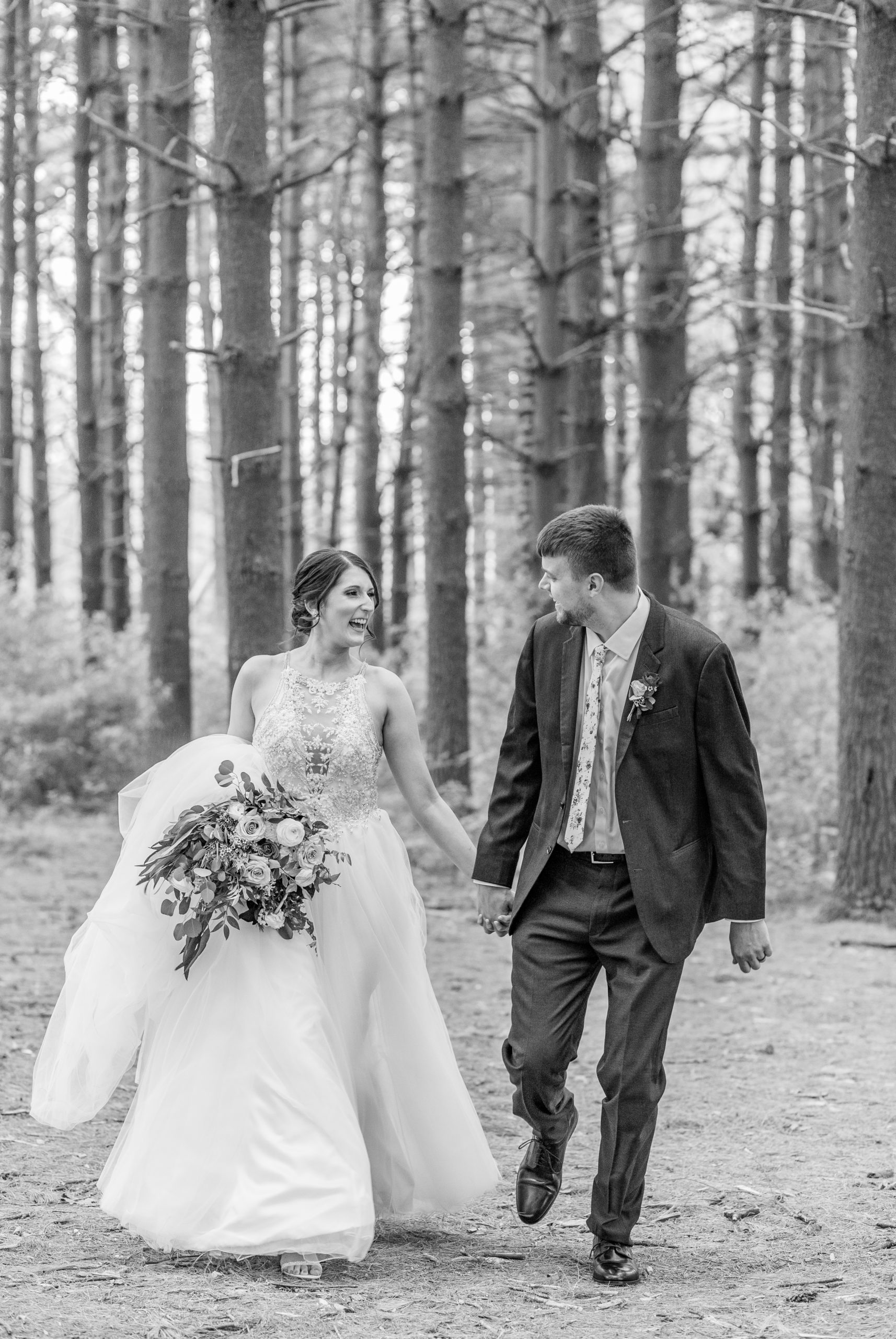 black and white, bride and groom, southern illinois photographer