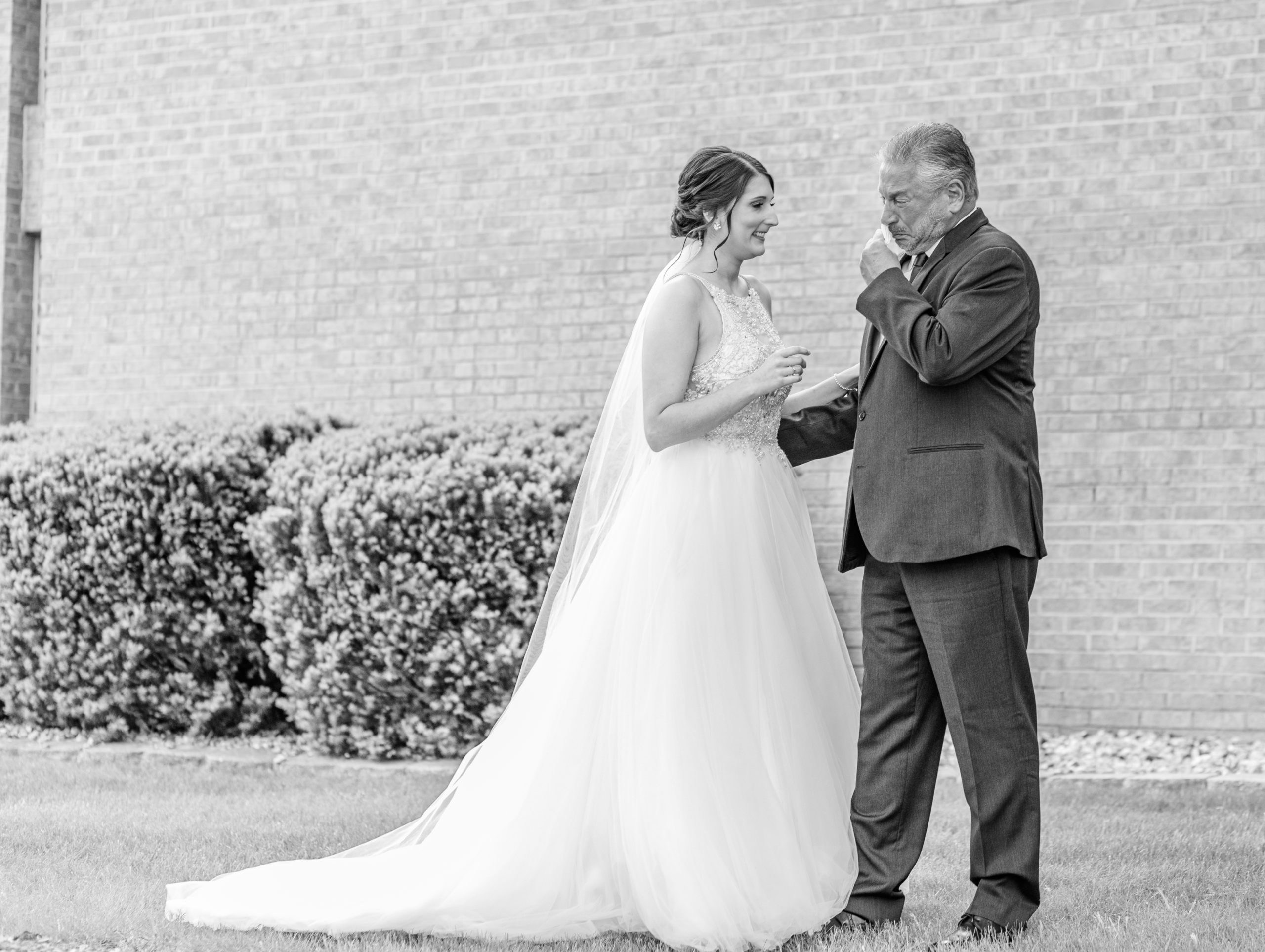 first look, father of the bride, bride, black and white, tears, crying, happiness, southern illinois photography