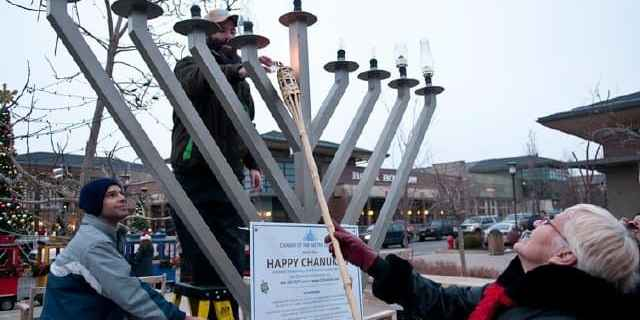 Westminster Mayor Nancy McNally Lights the menroah at the Orchard Town Center Chanukah 2011