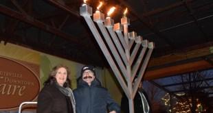 Louisville Lights the Menorah at Winterskate