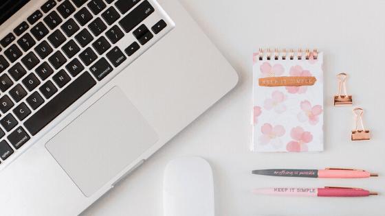 lancer son blog macbook bureau carnet