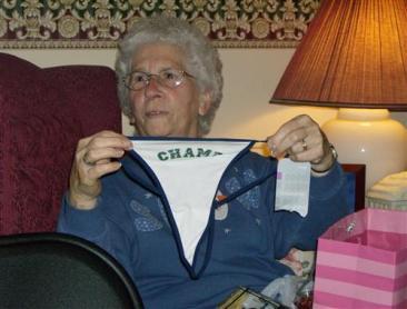 TR Sexy Grandma 080705